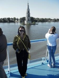 Знаменитая колокольня Калязина