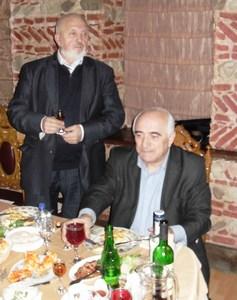 Александр Торопцев (стоит) и Альберт Оганян