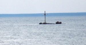 Крест на месте монастыря на Горьковском водохранилище