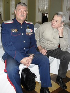 Валерий Латынин (слева)